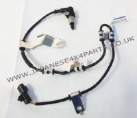 Mitsubishi L200 Pick Up 3.0P K76 (1996-06/2002) - Front ABS Speed Anti Skid Sensor R/H